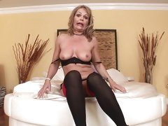 Ass fucking and ATM with MILF Kelly Leigh