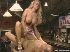 Britney gratis porno Skyesvart lesbisk orgasme