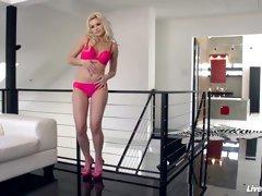 LiveGonzo Anikka Albrite Sexy Teen