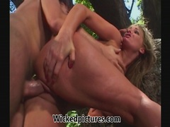 Flower Tucci squirts and squirts again