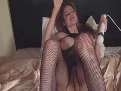 Pussy vibing in fishnet