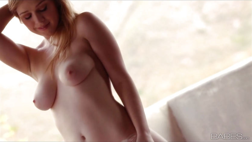 Solo big tits orgasm blonde