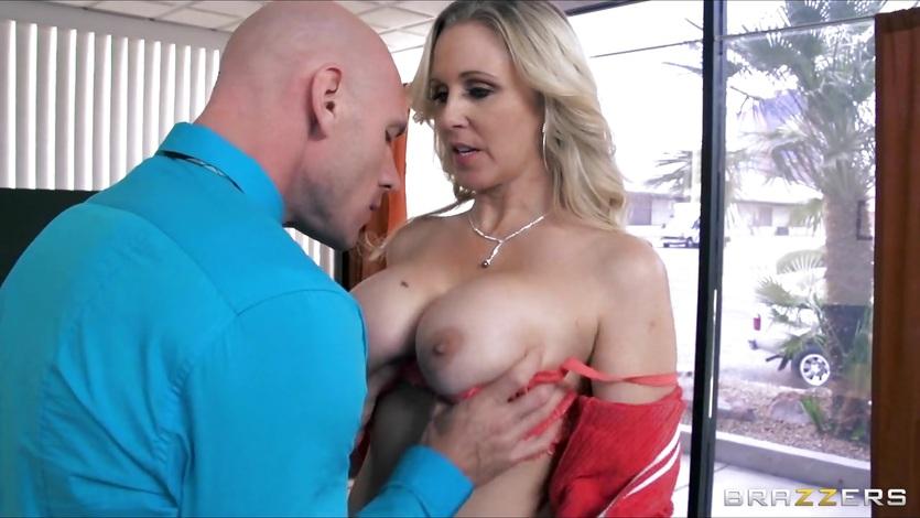 Julia Ann has a great set of huge bouncing tits