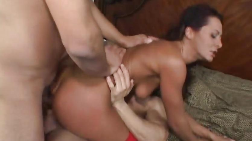 Horny Sandra Romain enjoys a hard double penetration