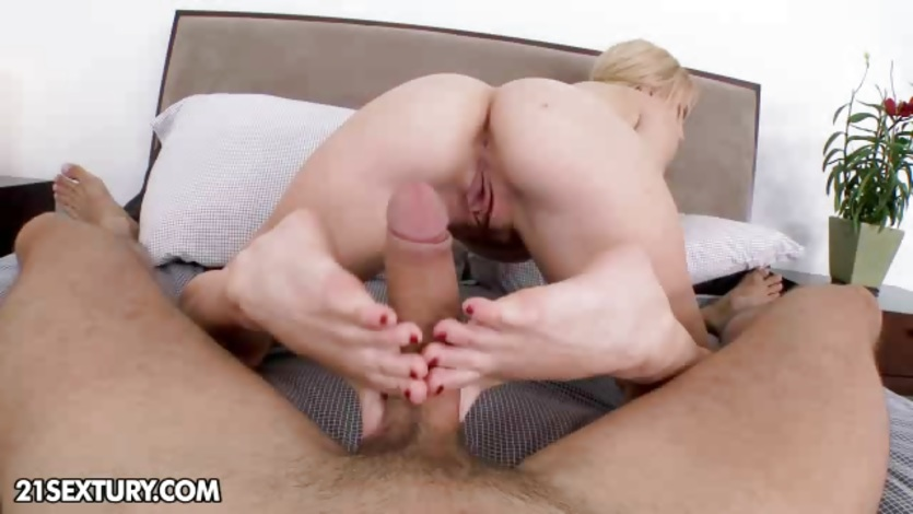 Cute blonde Lexi Belle on the job