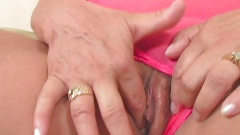 Full figured granny gets shafted
