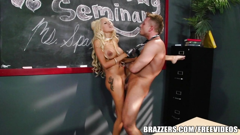 Mrs Breanna Sparks gets taught a hard deep lesson