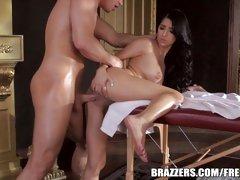 Brazzers Megan Salinas gets her wet slot slammed