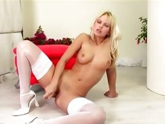 Seductive Jana Cova loves toying her moist pussy