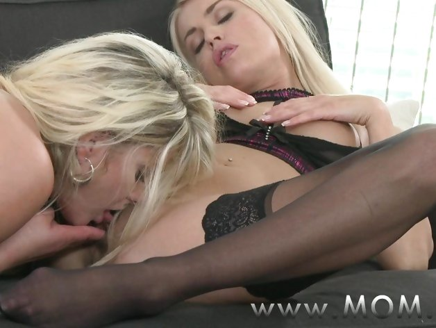 MOMXXX Lesbian MILFs Kissing and Eating Pussy