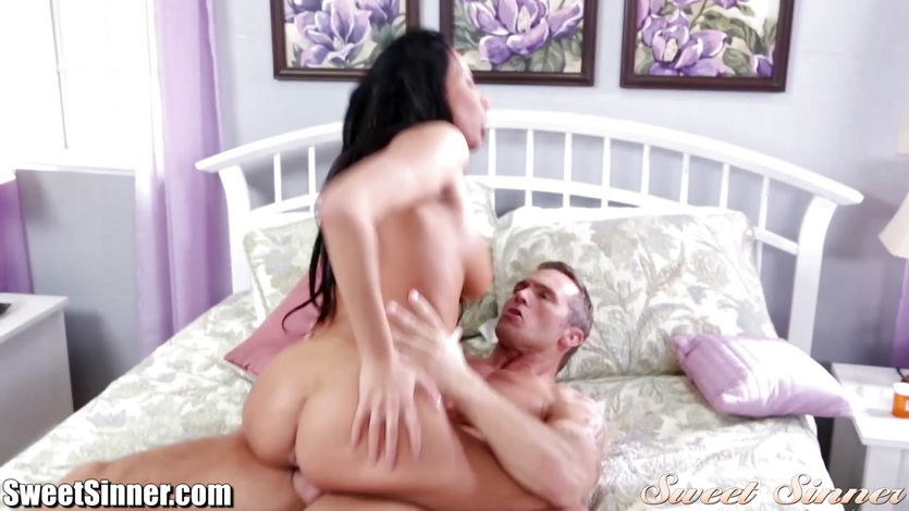 Anissa Kate rides her pussy on this hard dick