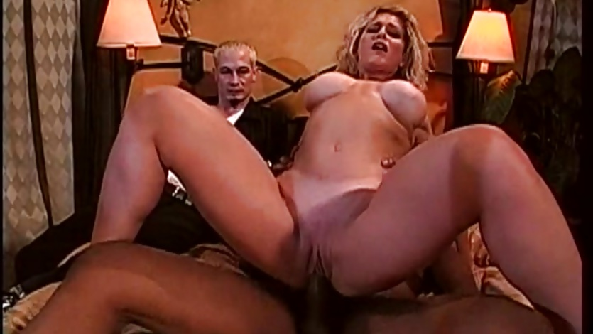 Ryan Conner bounces her pussy on this thick shaft