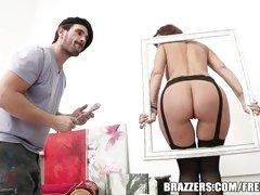 Syren Demer has a fuckable ass