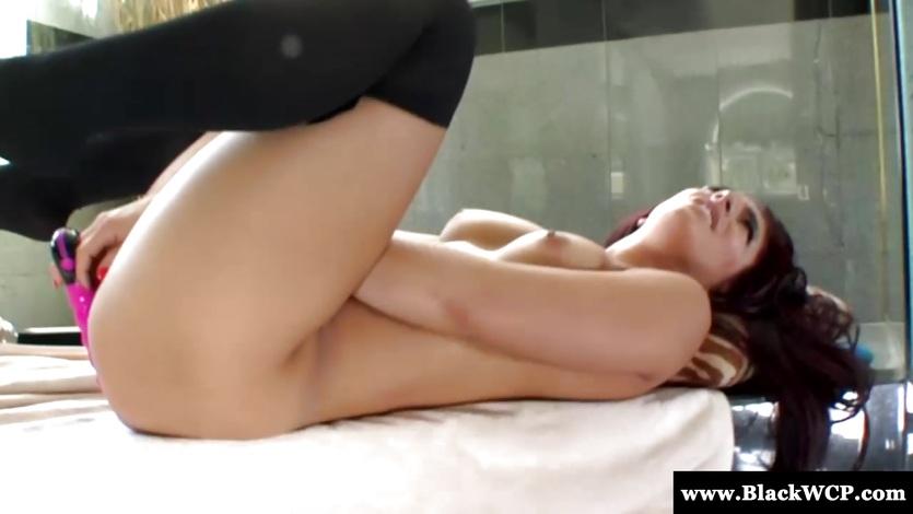 Stunner Mischa Brooks toys her moist pussy