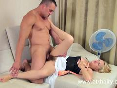 Dominica Phoenix gets her hairy slot slammed