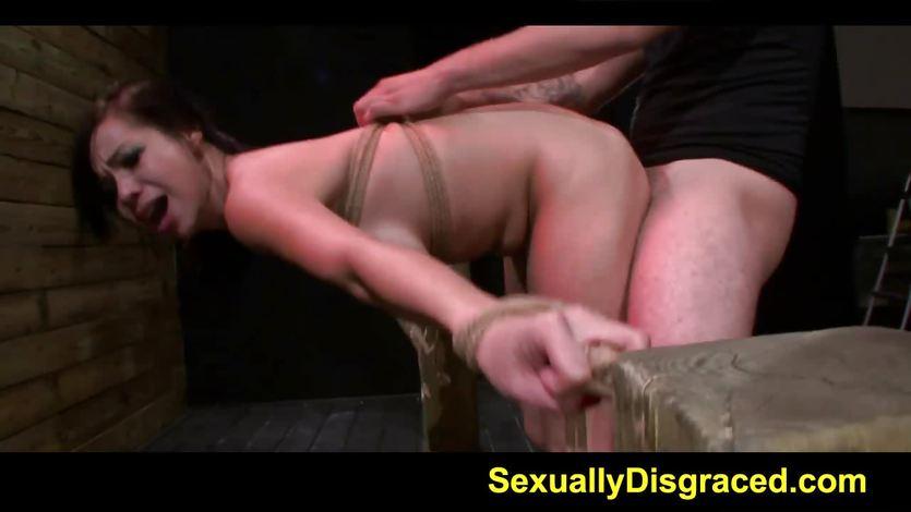 BDSM lover Kimmy Lee gets her wet slot slammed