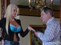Summer Brielle Taylor fucks hot cock in her dreams