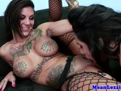 Missy Martinez nibbles on Bonnie Rottens moist clit