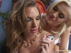 Masseuse Ash Hollywood tames Juelz Ventura