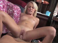 Hottie Kyleigh Ann loves hard cock