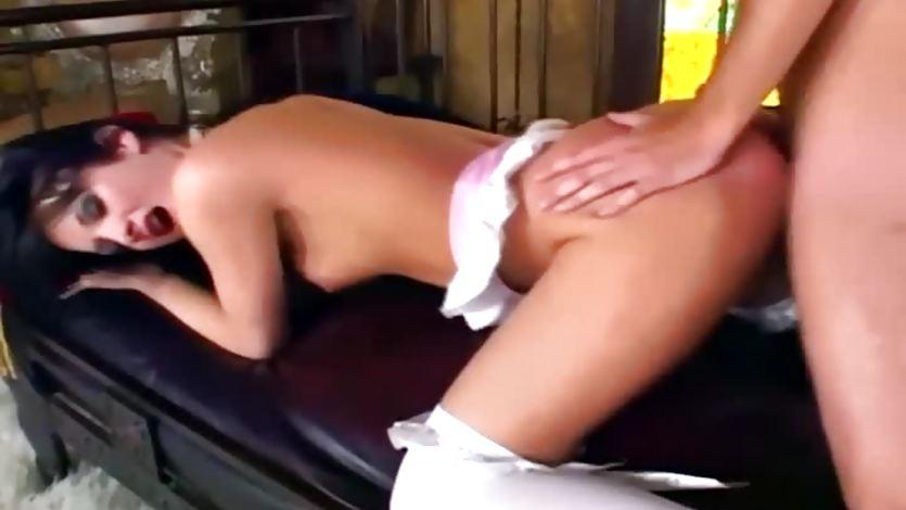 Alektra Blue enjoys a rough pussy pounding