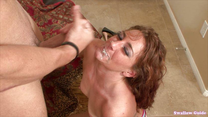 Alluring Savannah Fox showered with warm jizz