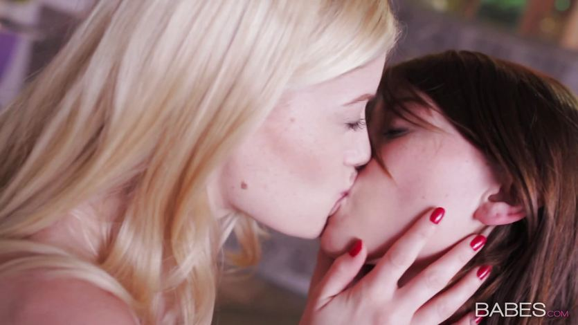 Shae Snow and Charlotte Stokely perfect pussy licking