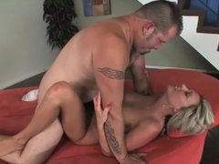 Stunner Shannon Star loves hard cock
