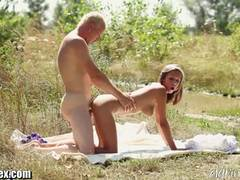 Scorching beauty loves to fuck outdoors