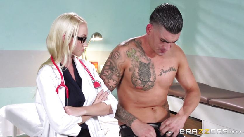 Hot patient is doctored by Madison Scott
