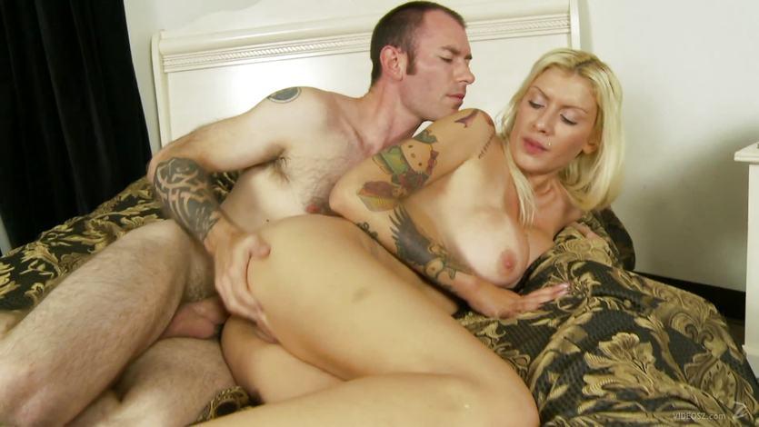 Carolina Monro devours this hard cock