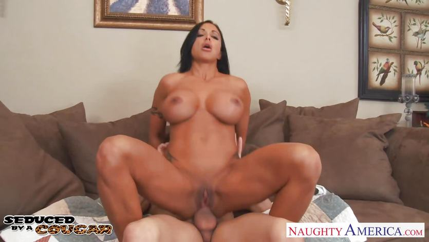 Jewels Jade rides this hard cock