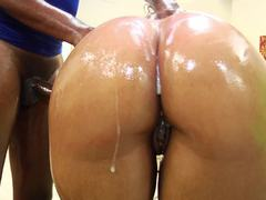 Booty babe Cocoa Dawn gets shot with cum