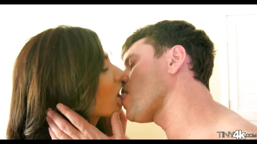 Brunette Latina Brittany Bliss loves a big dick