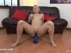 Blonde amateur dildo fucks her warm pussy