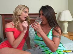 Pussy licking lesbians Brianna Ray and Candi Coxx