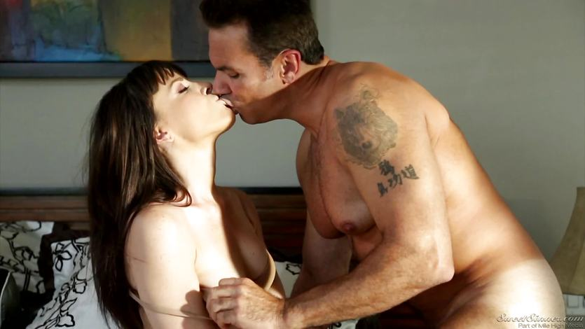 Dana DeArmond cums hard as he licks her pussy