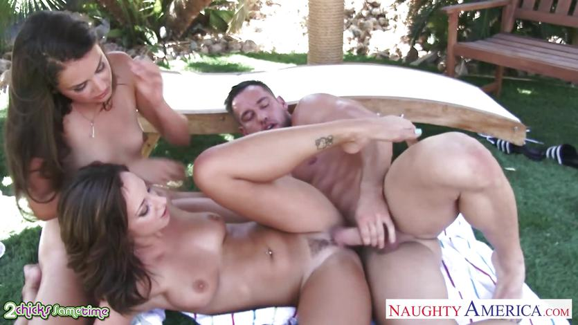 Jada Stevens and Allie Haze fucked in threesome