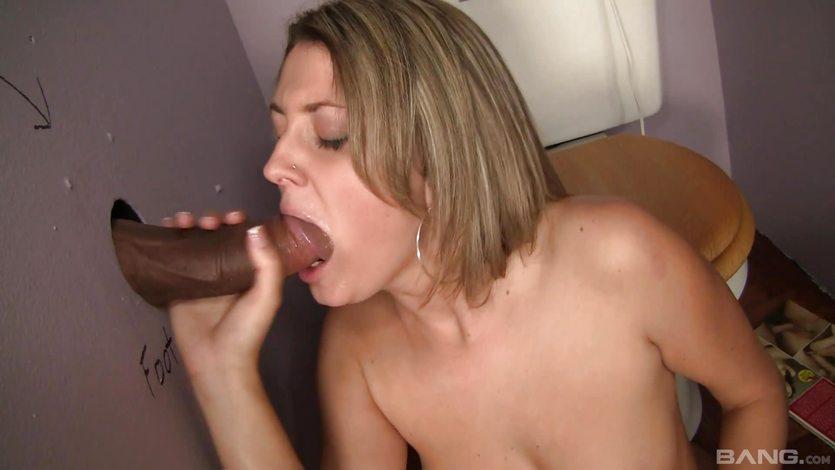 Nina Rae throat fucks this stiff shaft
