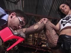 Hot inked babe Katrina Jade gets fucked by a geek
