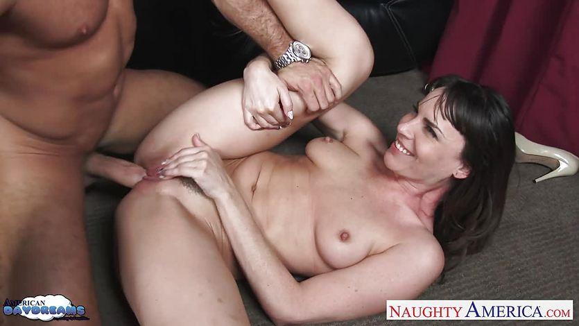 Dana DeArmond loves riding dick