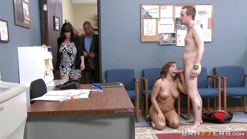 Keisha Grey fucks in the school corridor