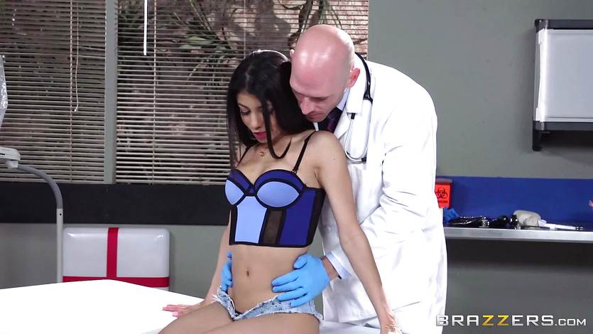 A doctor dicking for sexy little Veronica Rodriquez