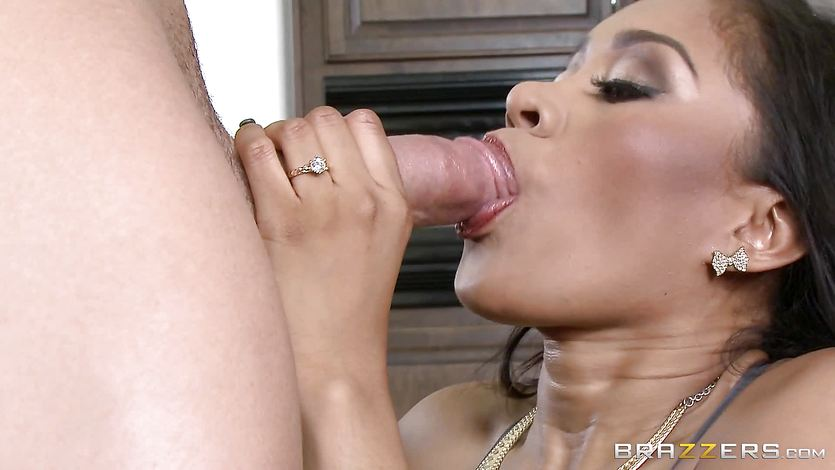 Hot mom Yasmine Leon fucks in the kitchen