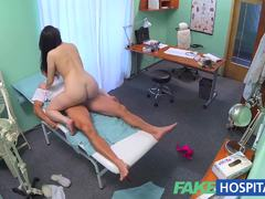 Doctors cock persuades sexy patient