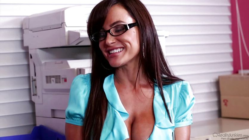 Hot MILF Lisa Ann fucks this dude across his desk