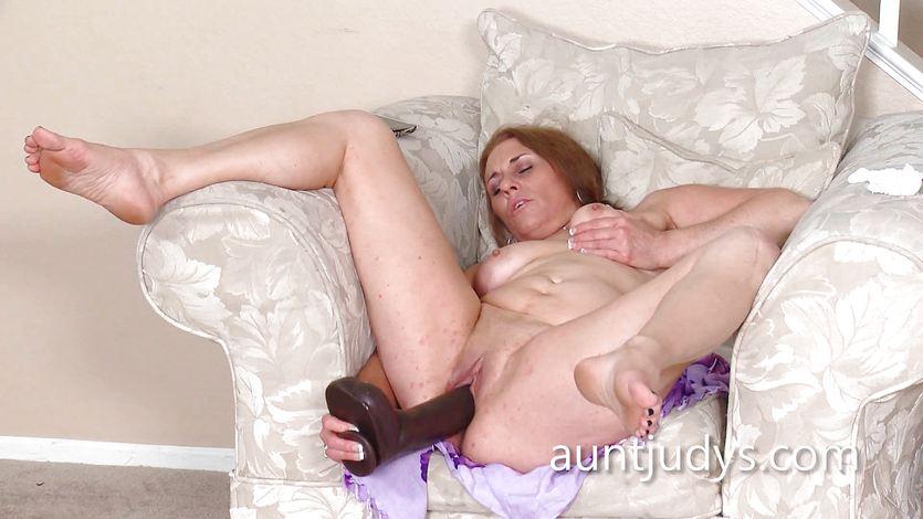 Sexy Cristine Ruby dildo fucks her hot pussy