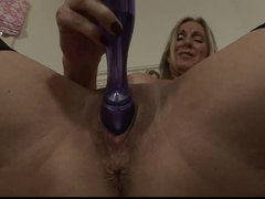 Jenna Covelli fucks her MILF pussy with a toy