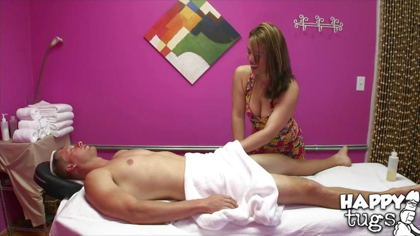 Spycam in the massage parlour Laci Hurst gets drilled by patient