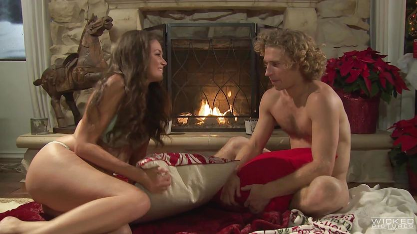 Christmas time festive fucking for gorgeous Allie Haze